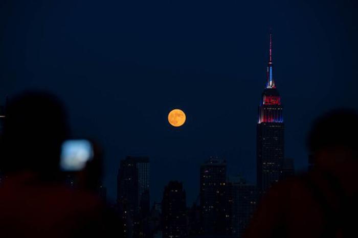 [Bộ sưu tập 2021] Tổng hợp những hình ảnh Mặt Trăng đẹp nhất 17