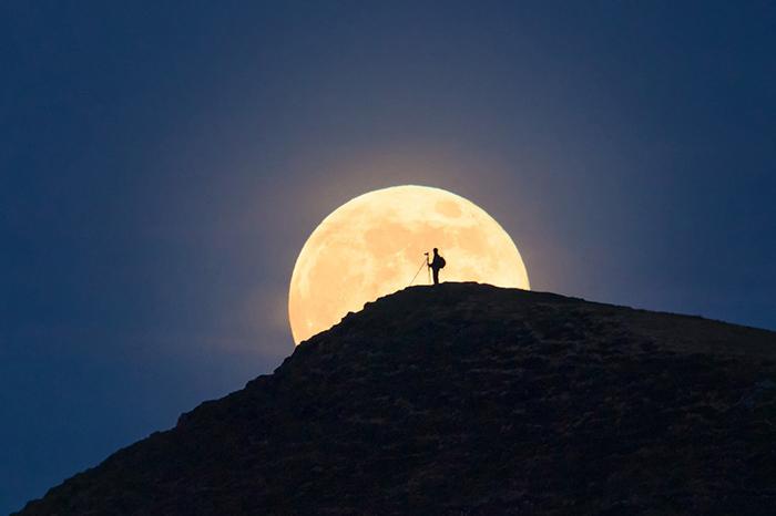 [Bộ sưu tập 2021] Tổng hợp những hình ảnh Mặt Trăng đẹp nhất 18